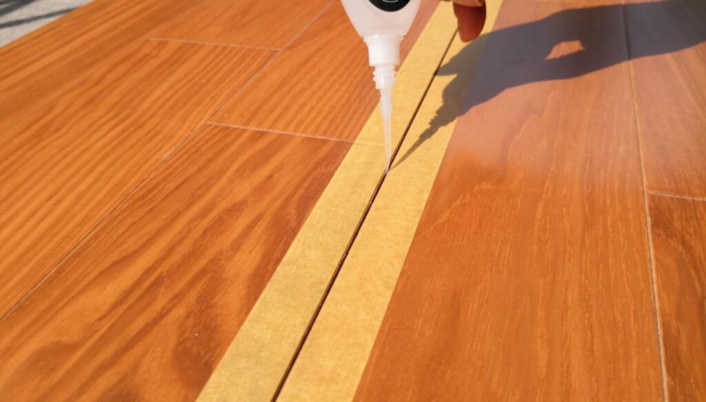 フローリングの床鳴り補修